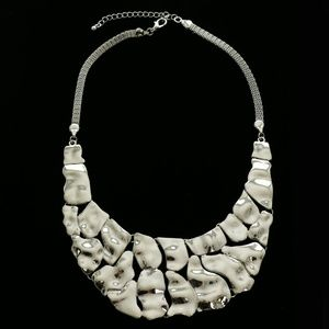 Luxury Necklace Silver NWOT
